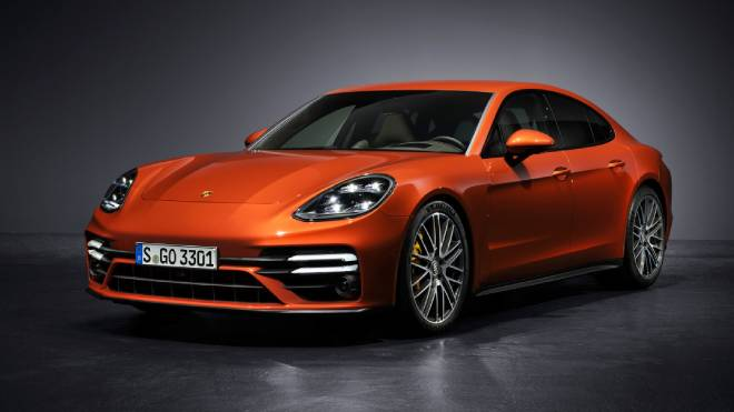 2021 Porsche Panamera introduced-7